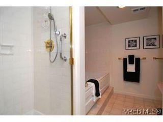 Photo 18: 400 630 Montreal St in VICTORIA: Vi James Bay Condo for sale (Victoria)  : MLS®# 522102