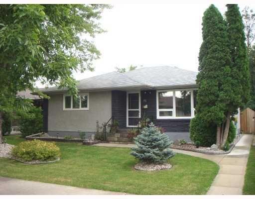 Main Photo: 850 LANARK Street in WINNIPEG: River Heights / Tuxedo / Linden Woods Residential for sale (South Winnipeg)  : MLS®# 2803746