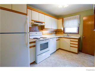 Photo 3: 27 Ryerson Avenue in Winnipeg: Fort Garry / Whyte Ridge / St Norbert Residential for sale (South Winnipeg)  : MLS®# 1616167