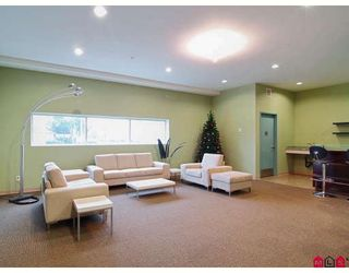 """Photo 10: 405 20238 FRASER Highway in Langley: Murrayville Condo for sale in """"The Muse"""" : MLS®# F2810494"""