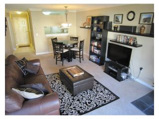 "Photo 2: 201 7580 MINORU Boulevard in Richmond: Brighouse South Condo for sale in ""CARMEL POINT"" : MLS®# V975917"