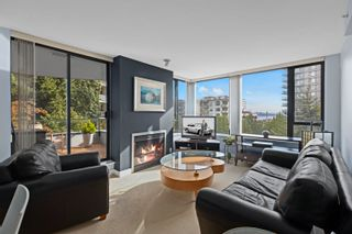 """Photo 3: 401 151 W 2ND Street in North Vancouver: Lower Lonsdale Condo for sale in """"SKY"""" : MLS®# R2615924"""