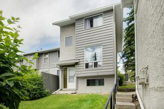 Photo 1: 161 6915 Ranchview Drive NW in Calgary: Ranchlands Row/Townhouse for sale : MLS®# A1066036
