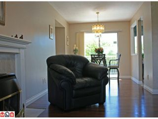Photo 3: 34914 CASSIAR Avenue in Abbotsford: Abbotsford East House for sale : MLS®# F1013224