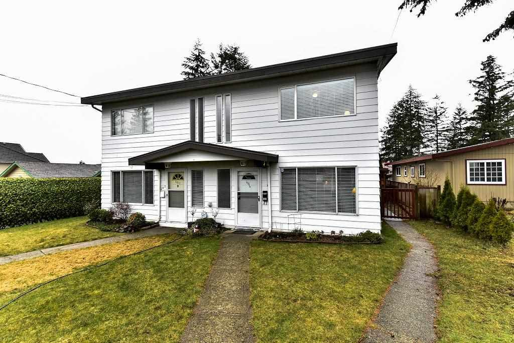 Main Photo: 484 MUNDY Street in Coquitlam: Central Coquitlam 1/2 Duplex for sale : MLS®# R2142692