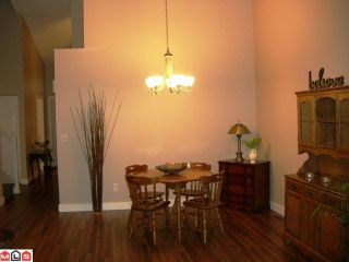 """Photo 6: 131 9012 WALNUT GROVE Drive in Langley: Walnut Grove Townhouse for sale in """"Queen Anne Green"""" : MLS®# F1103996"""