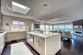 Photo 8: MISSION BEACH Condo for sale : 3 bedrooms : 2975 Ocean Front Walk #3 in San Diego