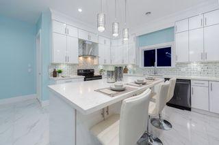 Photo 13: 906 ALDERSON Avenue in Coquitlam: Maillardville House for sale : MLS®# R2403911