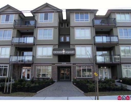 Main Photo: 301 15368 17A Avenue in Surrey: King George Corridor Condo for sale (South Surrey White Rock)  : MLS®# F2924864