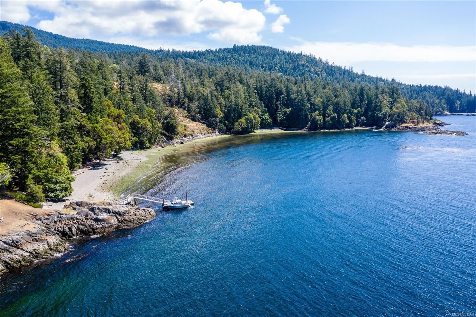Main Photo: 230 Smith Rd in : GI Salt Spring House for sale (Gulf Islands)  : MLS®# 851563
