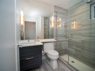 """Photo 15: 2496 ST. CATHERINES Street in Vancouver: Mount Pleasant VE Townhouse for sale in """"BRAVO ON BROADWAY"""" (Vancouver East)  : MLS®# R2452181"""