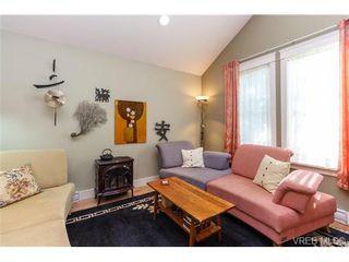 Photo 3: 478 Fraser St in VICTORIA: Es Saxe Point House for sale (Esquimalt)  : MLS®# 710228