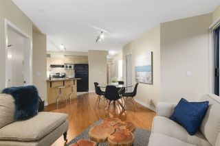 Photo 2: 604 2228 MARSTRAND AVENUE in Vancouver: Kitsilano Condo for sale (Vancouver West)  : MLS®# R2135966