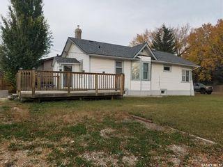 Photo 1: 413 3rd Street West in Wilkie: Residential for sale : MLS®# SK872462