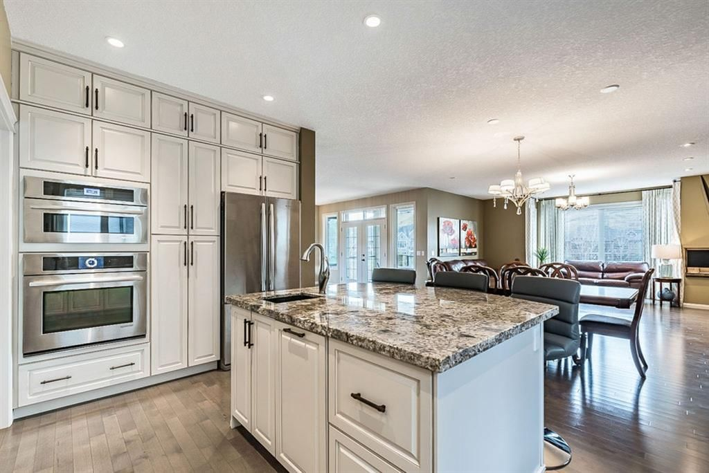 Photo 11: Photos: 72 Cranbrook Heights SE in Calgary: Cranston Detached for sale : MLS®# A1105486