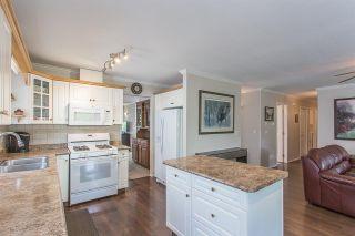 "Photo 4: 44389 ELSIE Place in Chilliwack: Sardis West Vedder Rd House for sale in ""Petersburg"" (Sardis)  : MLS®# R2564238"