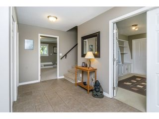 Photo 2: 2647 CHAPMAN Place in Abbotsford: Abbotsford East House for sale : MLS®# R2199445