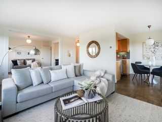 """Photo 7: 401 5926 TISDALL Street in Vancouver: Oakridge VW Condo for sale in """"OAKMONT PLAZA"""" (Vancouver West)  : MLS®# R2374156"""