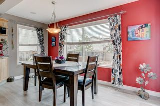 Photo 4: 143 COUGARSTONE Garden SW in Calgary: Cougar Ridge Detached for sale : MLS®# C4295738