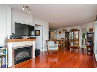 """Photo 5: 803 1 RENAISSANCE Square in New Westminster: Quay Condo for sale in """"THE Q"""" : MLS®# V1070366"""
