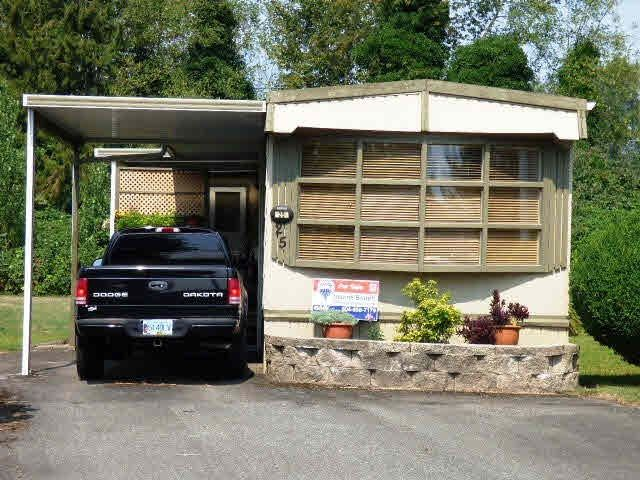 """Photo 1: Photos: 25 45111 WOLFE Road in Chilliwack: Chilliwack W Young-Well Manufactured Home for sale in """"FRASER VILLAGE"""" : MLS®# R2126124"""