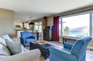 Photo 9: 6213 Whinton Crescent, in Peachland: House for sale : MLS®# 10240890