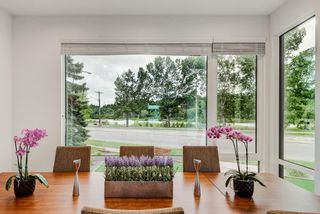 Photo 5: 2710 Parkdale Boulevard NW in Calgary: West Hillhurst Semi Detached for sale : MLS®# A1113109