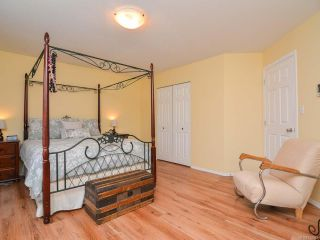 Photo 18: 483 FORESTER Avenue in COMOX: CV Comox (Town of) House for sale (Comox Valley)  : MLS®# 752915
