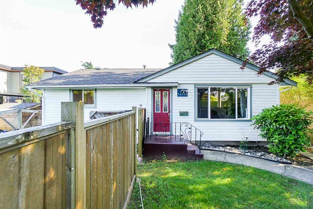 Main Photo: 14140 north bluff: White Rock House for sale (South Surrey White Rock)