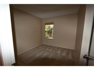 Photo 10: ENCINITAS House for sale : 3 bedrooms : 2031 Shadow Grove