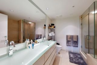 Photo 17: 1602 8 SMITHE Mews in Vancouver: Yaletown Condo for sale (Vancouver West)  : MLS®# R2518054