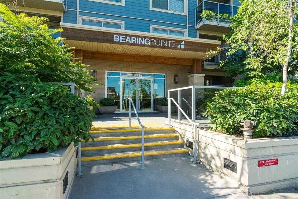 "Main Photo: 306 19936 56 Avenue in Langley: Langley City Condo for sale in ""BEARING POINTE"" : MLS®# R2541350"