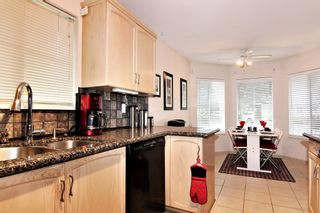 """Photo 4: 15 1973 WINFIELD Drive in Abbotsford: Abbotsford East Townhouse for sale in """"BELMONT RIDGE"""" : MLS®# R2327663"""