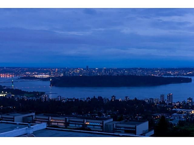 Photo 19: Photos: 202 2274 FOLKESTONE Way in West Vancouver: Panorama Village Condo for sale : MLS®# V1026736