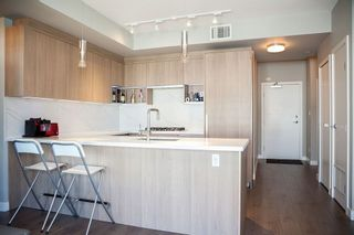Photo 4: 408 9388 ODLIN ROAD in Richmond: West Cambie Condo for sale : MLS®# R2199153