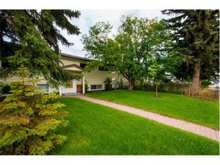 Photo 5: 9835 7 Street SE in Calgary: Acadia Detached for sale : MLS®# A1088901