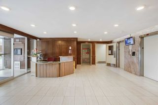 Photo 3: 1602 2550 Pharmacy Avenue in Toronto: L'Amoreaux Condo for sale (Toronto E05)  : MLS®# E5079345