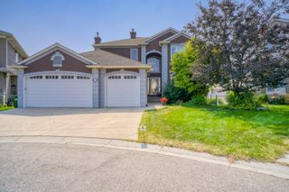Photo 2: 218 Sienna Park Bay SW in Calgary: Signal Hill Detached for sale : MLS®# A1132920
