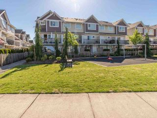 """Photo 18: 16 7298 199A Street in Langley: Willoughby Heights Townhouse for sale in """"YORK"""" : MLS®# R2068285"""