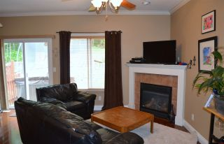 """Photo 9: 36527 LESTER PEARSON Way in Abbotsford: Abbotsford East House for sale in """"Auguston"""" : MLS®# R2075986"""