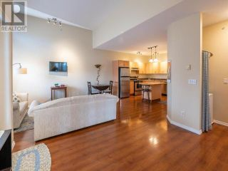 Photo 4: 303 - 857 FAIRVIEW ROAD in PENTICTON: House for sale : MLS®# 182910