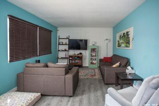 Photo 2: 1501 Central Avenue in Saskatoon: Forest Grove Residential for sale : MLS®# SK863820