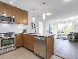 """Photo 7: 302 1330 MARINE Drive in North Vancouver: Pemberton NV Condo for sale in """"The Drive"""" : MLS®# R2208015"""