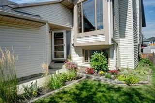 Photo 2: 68 Shawfield Way SW in Calgary: Shawnessy Detached for sale : MLS®# A1143071
