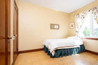 Photo 10: 943 Spruce Street in Winnipeg: West End Residential for sale (5C)  : MLS®# 202120425