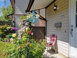Photo 3: 44 1506 Admirals Rd in VICTORIA: VR Glentana Row/Townhouse for sale (View Royal)  : MLS®# 818183