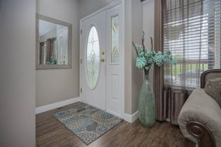 Photo 2: 6575 185 STREET in Surrey: Cloverdale BC House for sale (Cloverdale)  : MLS®# R2453047