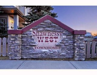 Photo 1: 36 SHAWBROOKE Court SW in CALGARY: Shawnessy Townhouse for sale (Calgary)  : MLS®# C3401716