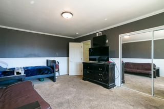 Photo 26: LAKESIDE House for sale : 3 bedrooms : 9111 Paradise Park Dr