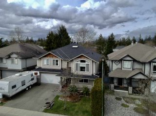 Photo 2: 23621 114A Avenue in Maple Ridge: Cottonwood MR House for sale : MLS®# R2550747